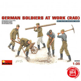 GERMAN SOLDIERS AT WORK RAD MINIART 35065