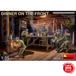 DINNER ON THE FRONT SOVIET SOLDIERS WWII MINIART 35325