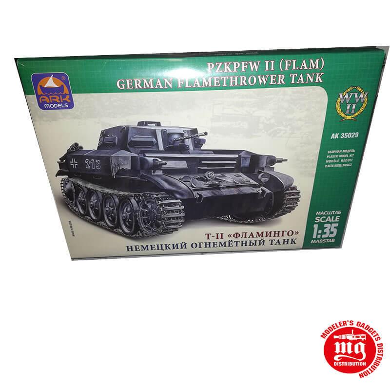PZKPFW II FLAM GERMAN FLAMETHROWER TANK ARK 35029