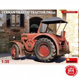 GERMAN TRAFFIC TRACTOR  D8532 MINIART 38041 ESCALA 1/35
