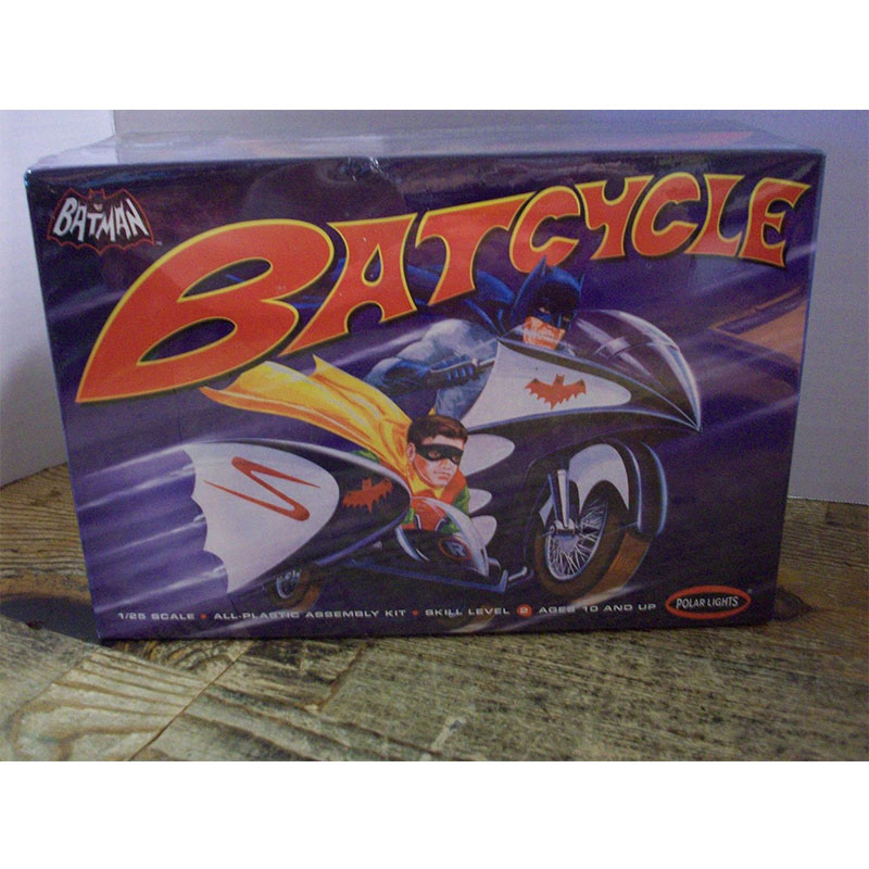 BATCYCLE POLAR LIGHTS 1/25 POLAR LIGHTS POL847