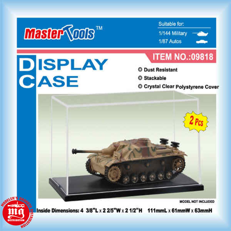 DISPLAY-EXPOSITOR-DE-MAQUETAS-TRUMPETER-09818